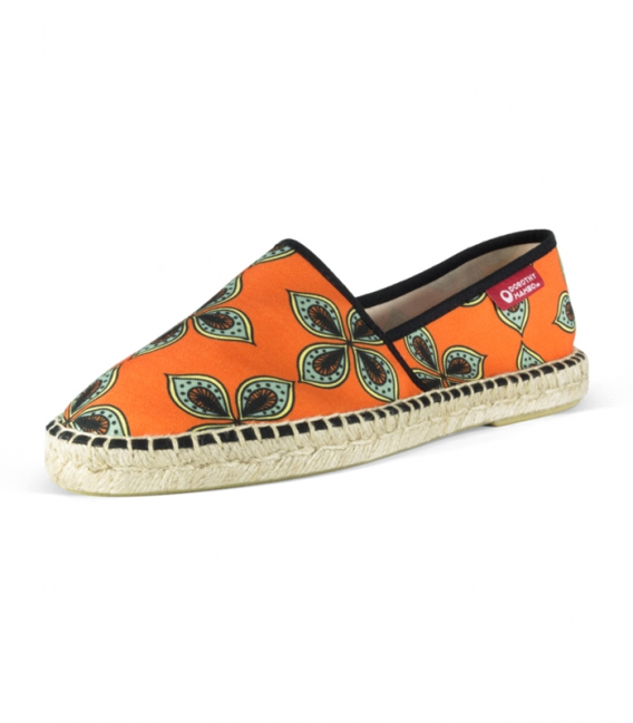 Canvas jute flat camping espadrilles for men in orange and green colors